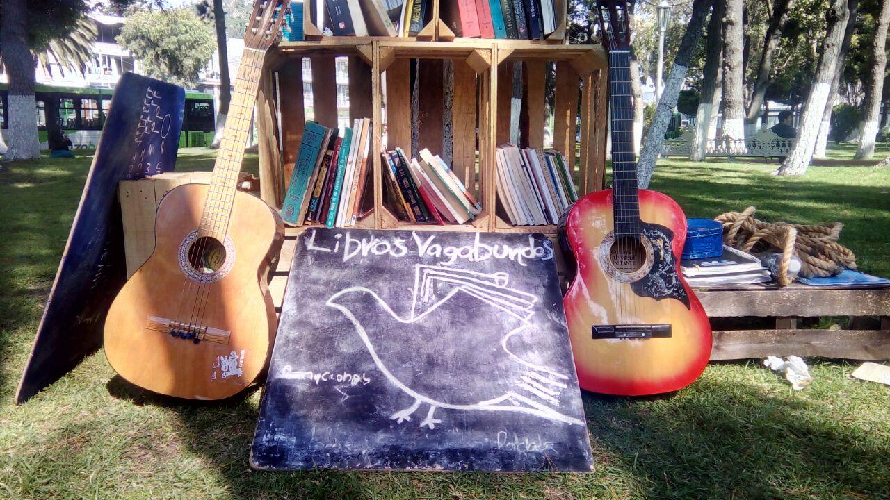 Conoce la librería andante Libros Vagabundos Pachuca